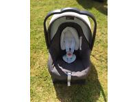 Free to collector Mamas and Papas Primo Viaggio Car Seat and Sure Fix Base