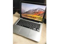 Macbook Pro 13inch i5 3.4Ghz 8GB Ram 256GB SSD Flash Drive HD3000 Gfx New Battery.. Mint!!