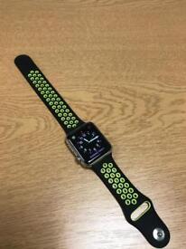 Apple Watch 1st Gen 42mm Stainless Steel Case, Sapphire Crystal Retina Display