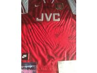 ARSENAL DOUBLE WINNERS 89/90 SIGNED FRAMED FOOTBALL SHIRT