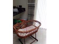 Baby cradle/crib