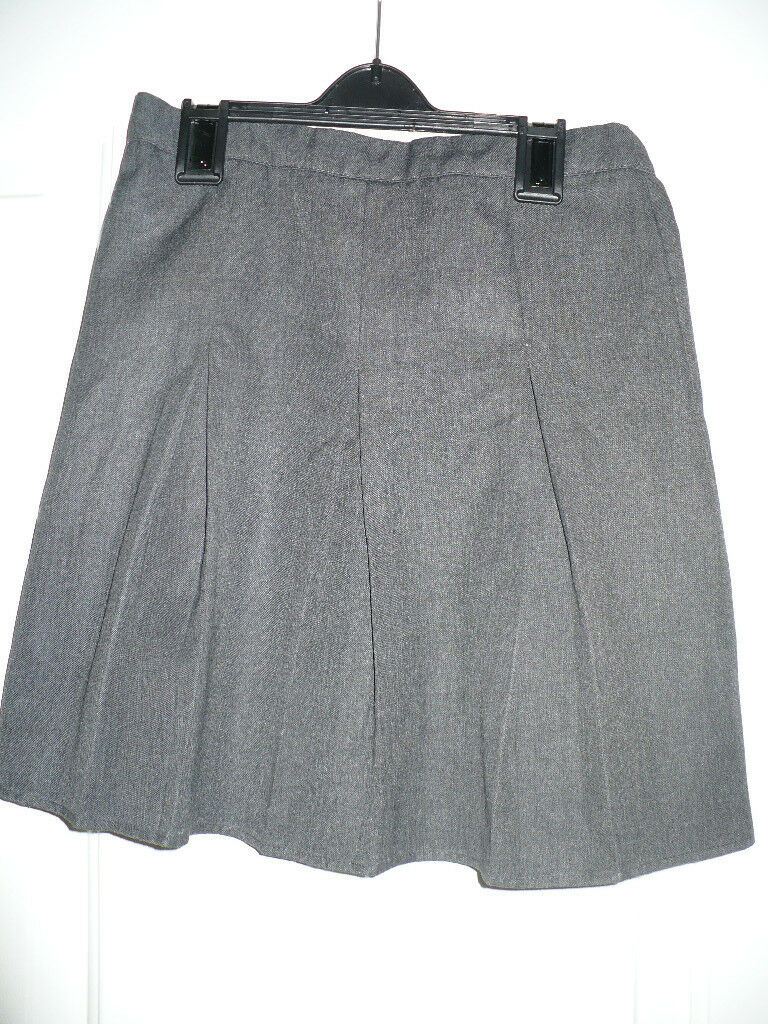 68aa84e30 Bundle of 2 Girls School Uniform Plus Fit Pleated Skirt grey/charcoal for 7-8  years. Good condition.