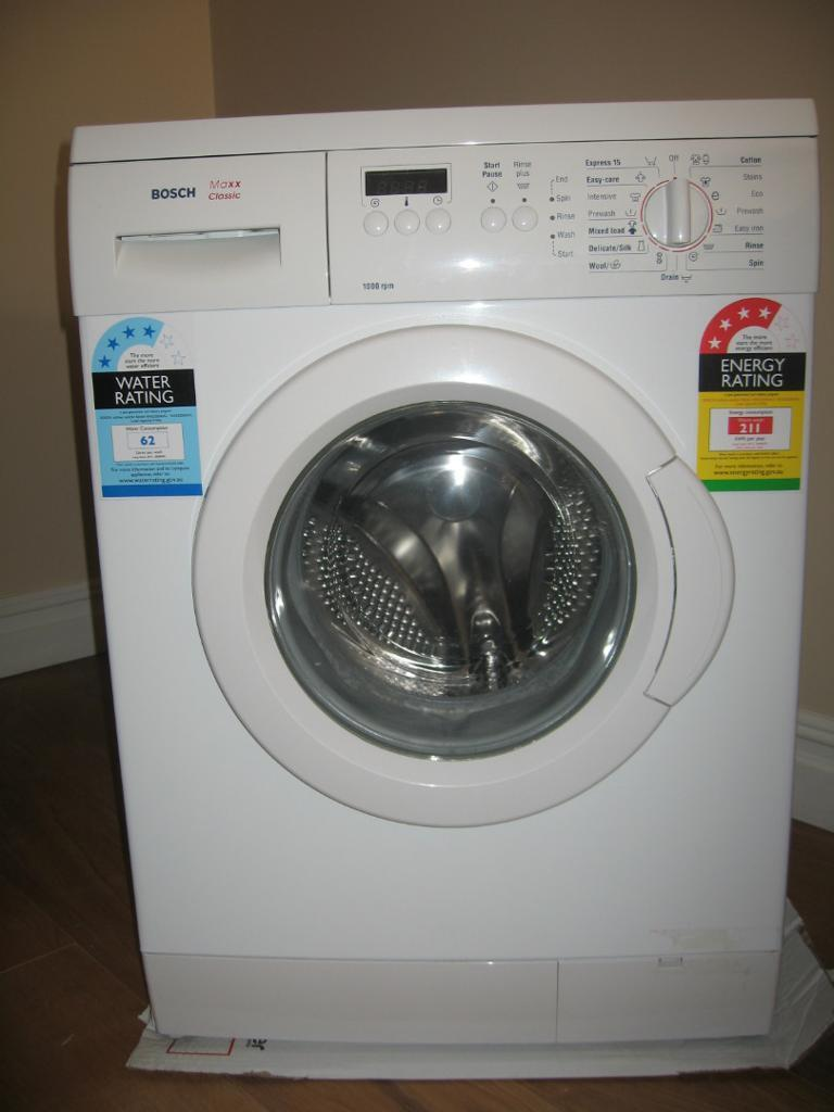 bosch maxx classic washing machine model wae20260 in wood green london gumtree. Black Bedroom Furniture Sets. Home Design Ideas