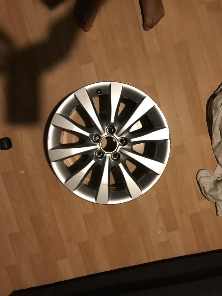 Genuine Audi A6 Alloy Wheel, Part No 4G0601025BH