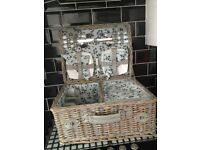 Wicker Picnic Basket For 4 People.