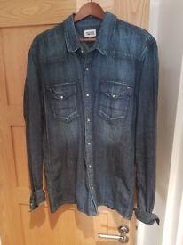 Mens Tommy Hilfiger Jean Shirt amazing condition Size XXL