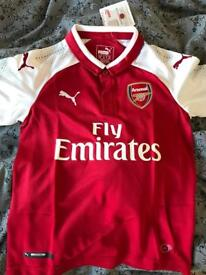 Arsenal Home Shirt 2017/18 Boys Size 7-8yrs W/ Name Printed On Back