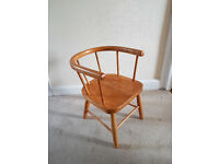Childs desk chair - with arms