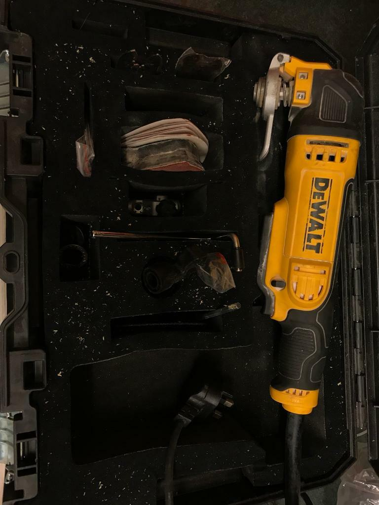 Dewalt DWE315KT Multitool 300watt 240v uk plug