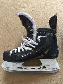 CCM Tacks Ice Hockey Skate Size 9 (U.K 9.5)