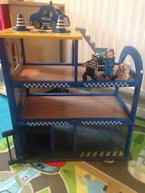 Wooden toy police station £10