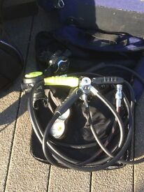 Diving equipment and air bottle,
