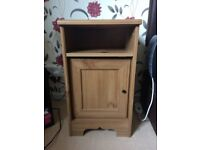 2 Matching Bedside Cabinets - Excellent Condition