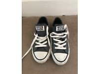 95% NEW Grey Converse SIZE 4