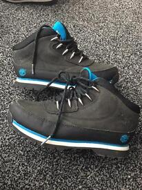 Boys timberland boots size 2