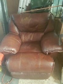 Recliner Chairs x2, Fully Electric