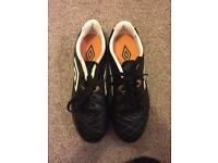 Black&Gold[size5]Umbro Football Boots