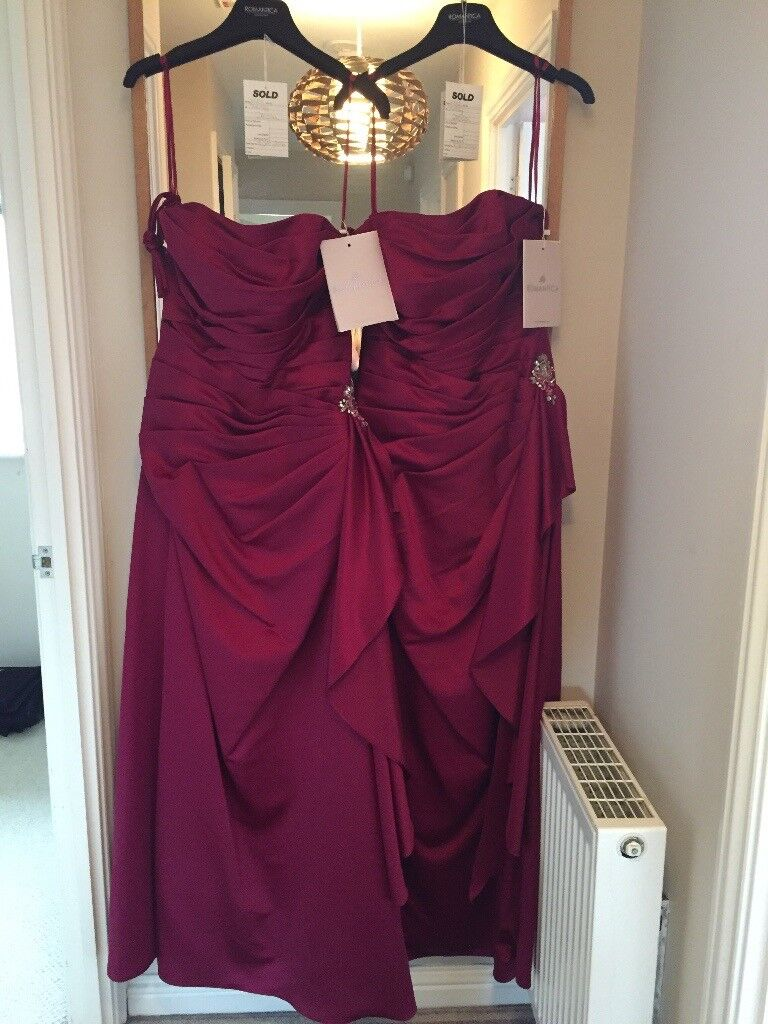 Beautiful burgundy dresses new with tags neve been worn