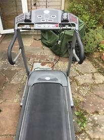 Horizon motorised treadmill - in excellent condition