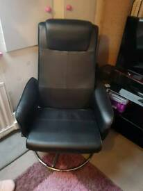 Black leather swirl chair
