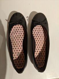 M&S Girls' Black Leather School Shoes / Pumps Size 6