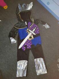 Boys knight dressup