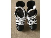Baur Ice Skates - UK size 6.5 in excellent condition
