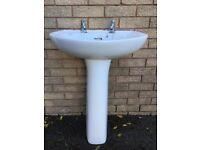 White Trent ceramic wash basin and pedestal