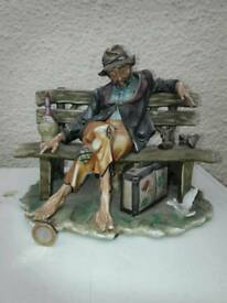 Capodimonte style Tramp on a Bench