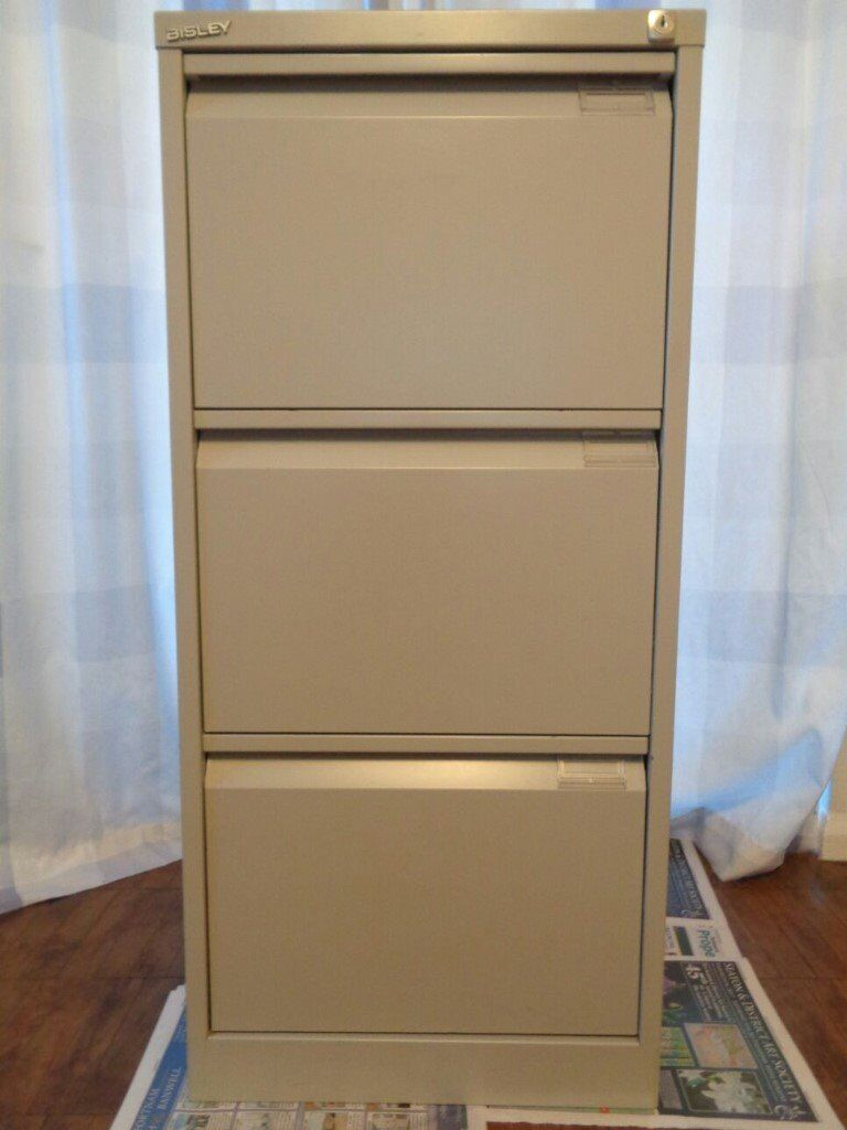 RRP £191.99 - Bisley 3 Drawer Flush Front Steel Filing Cabinet - Excellent Condition