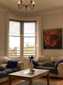 Huge NewTown HMO 7 double bedroom 3 bathroom, superb lounge 5 mins walk to Princess Street