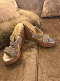 Diamonte wedges