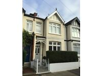 BEAUTIFULLY RESTORED 3 BEDROOMED VICTORIAN HOUSE IN QUIET TREE-LINED STREET, FURZEDOWN - TOOTING
