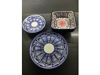 Set of 4 plates and bowls