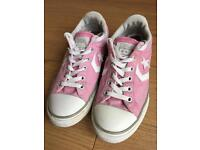 2d49c2d9123aa9 Converse Trainers Size 3