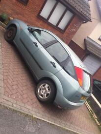 Ford Focus 1.8 selling cheap
