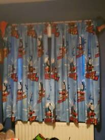 Thomas the tank curtains and matching single bed set
