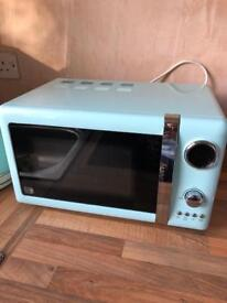 Matching microwave and kettle