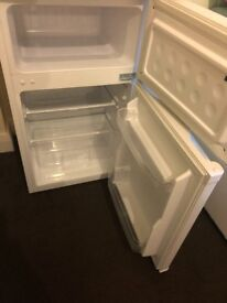 Small fridge freezer for URGENT sale, in a brand-new condition