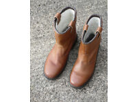 Rigger Boots Size 9 (EU 43) in very good condition