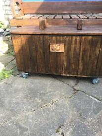 Mobile garden storage box