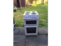 Swan electric cooker - like new