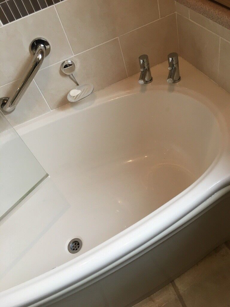 White bath and shower screen | in Whitchurch, Cardiff | Gumtree