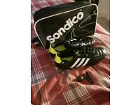 Adidas size 8 studded football boots