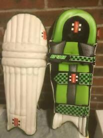 Cricket equipment youths