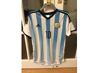 Mens Argentina Messi Football Top - Worn Once