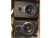Speakers - studio monitors Samson resolv 40a