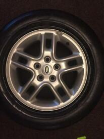 """Land Rover 17"""" alloys with tyres"""