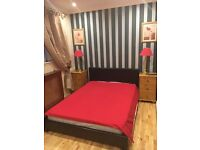 One furnish double bed room