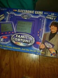 Family fortune board game